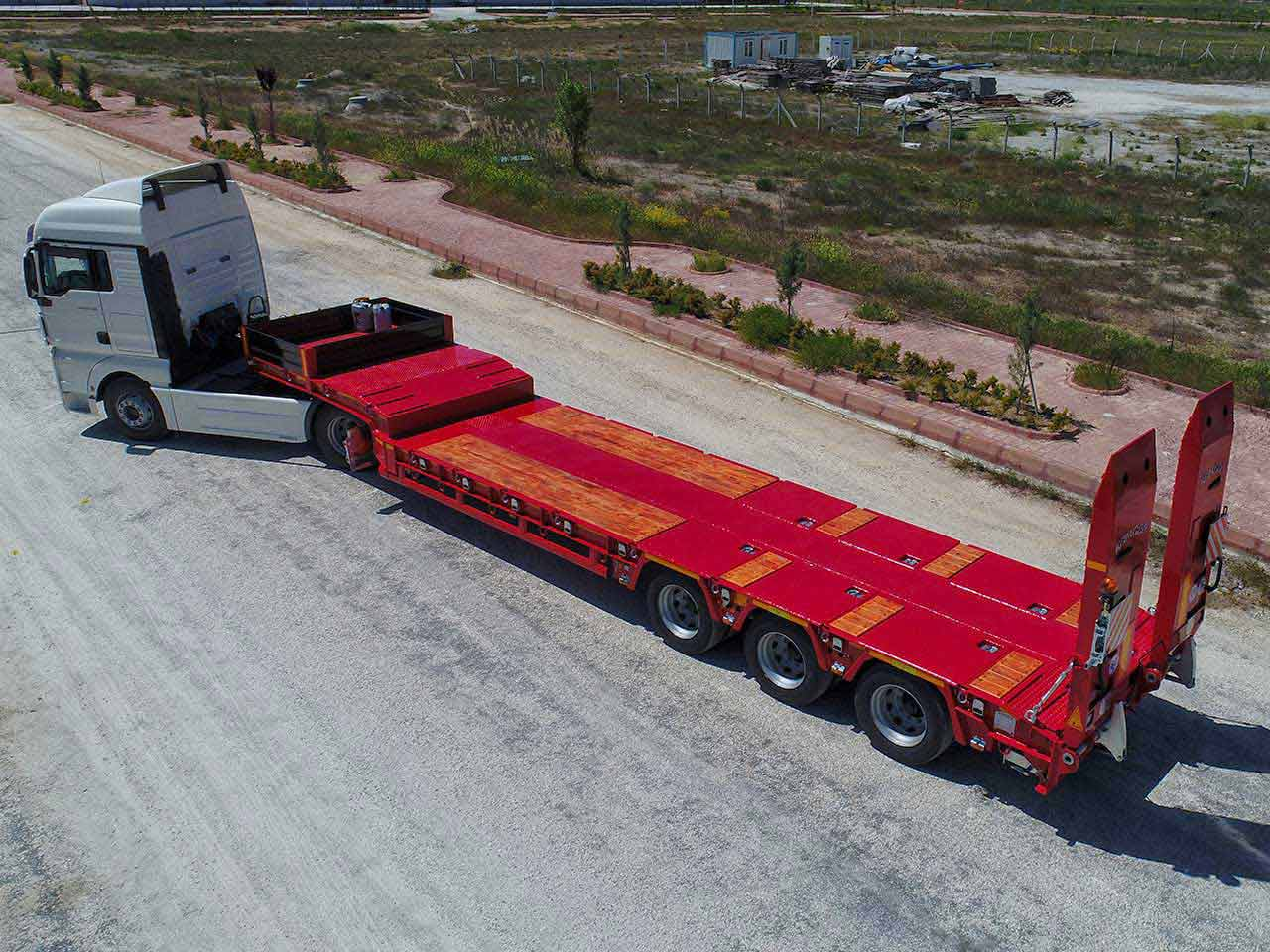 3 AXLE CONSTANT LOWBED
